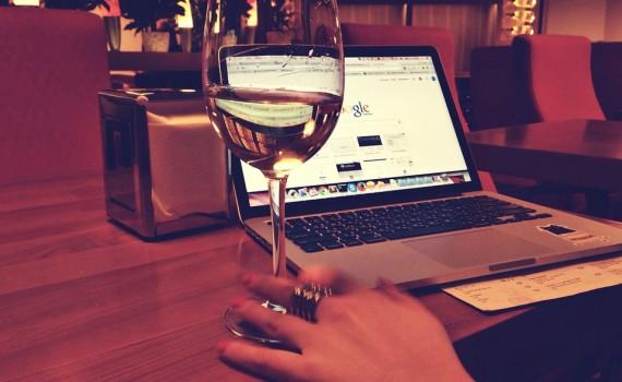 macbook-925914_960_720